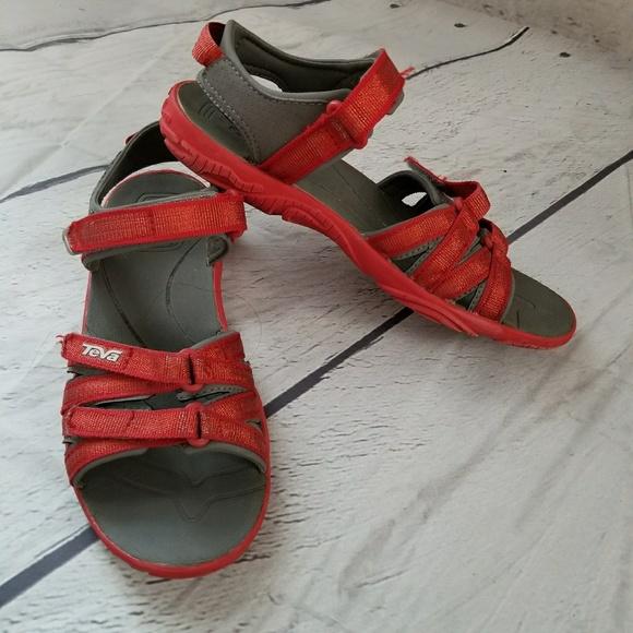 165265b7609509 Teva tirra metallic red sandals sz 3. M 5b021748a4c4856d09218d9a